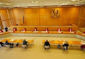 The socially-distancing Second Senate of the German Constitutional Court.