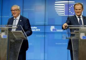 European Commission President Jean-Claude Juncker and European Council President Donald Tusk at their press conference after yesterday's European Council meeting